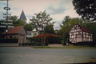 Wiederaufbau der alten Forstscheune Madfeld